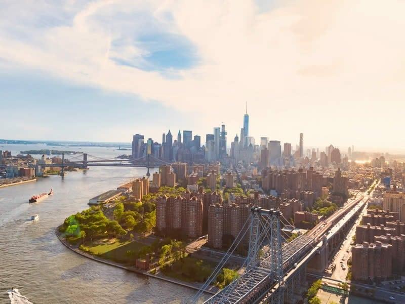 buy-luxury-apartment-loft-williamsburg-brooklyn-investing-real-estate-new-york-city