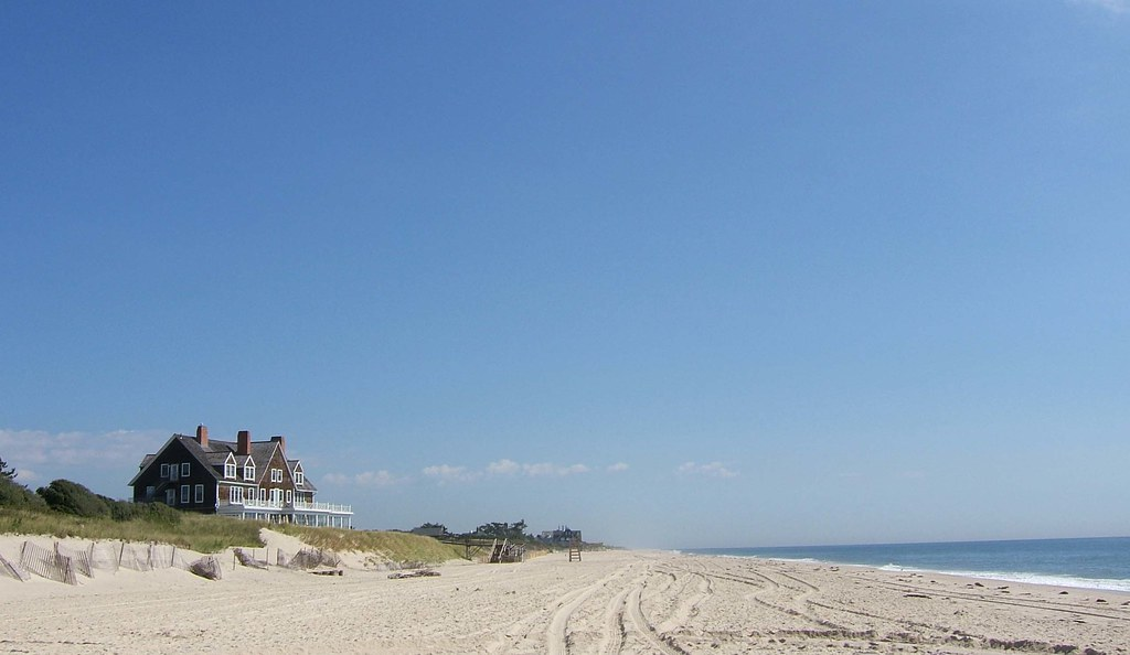Focus on the Hamptons, the favorite destination of New Yorkers