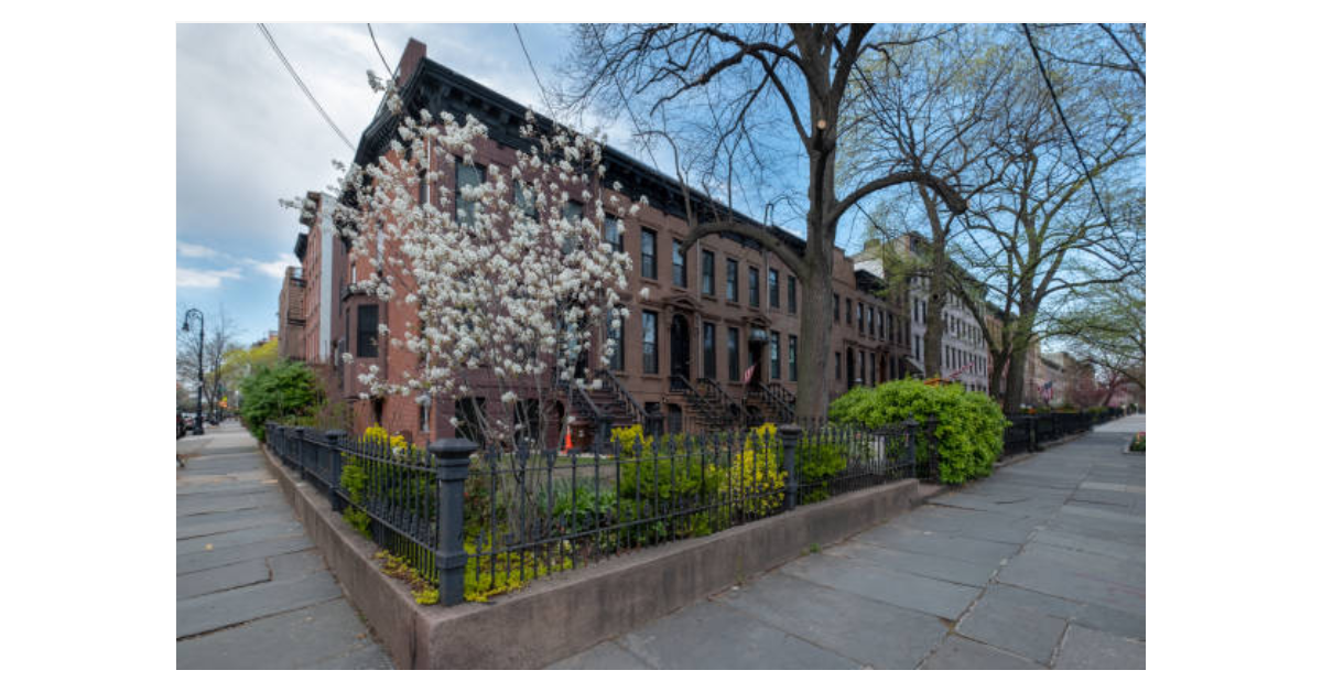 «New York City Neighborhoods» : Exploring Carroll Gardens